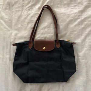 Longchamp le pliage medium size bag